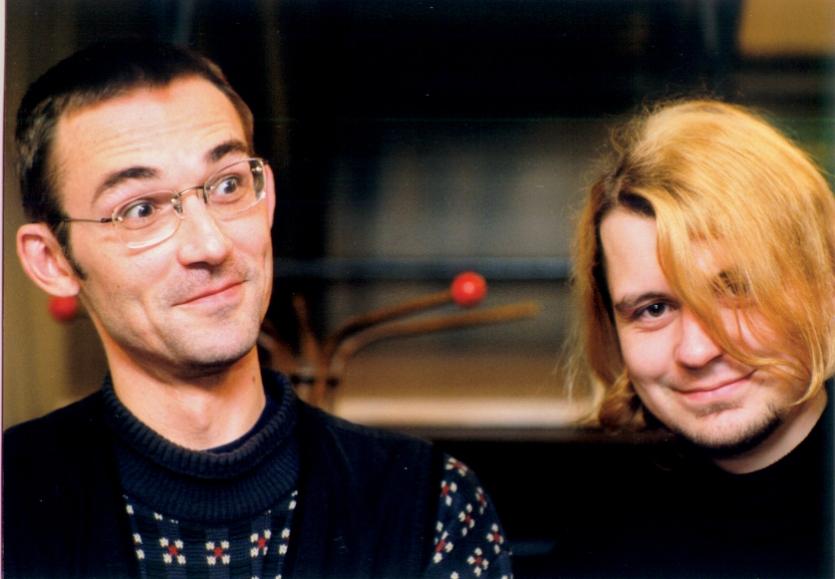 Лявон Вольскі і Міхал Анемпадыстаў на канцэрце «Народнага альбома» ў Беластоку, 1998 год