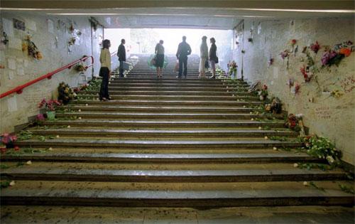 30 траўня 1999-га году на Нямізе загінула 53 чалавекі